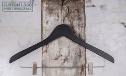 Wooden hanger with mat clipsbar 1412-115-00 black mat