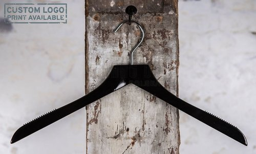 Wooden hanger for tops, curved with shiny black finish, 44 cm, style 1712-115-00